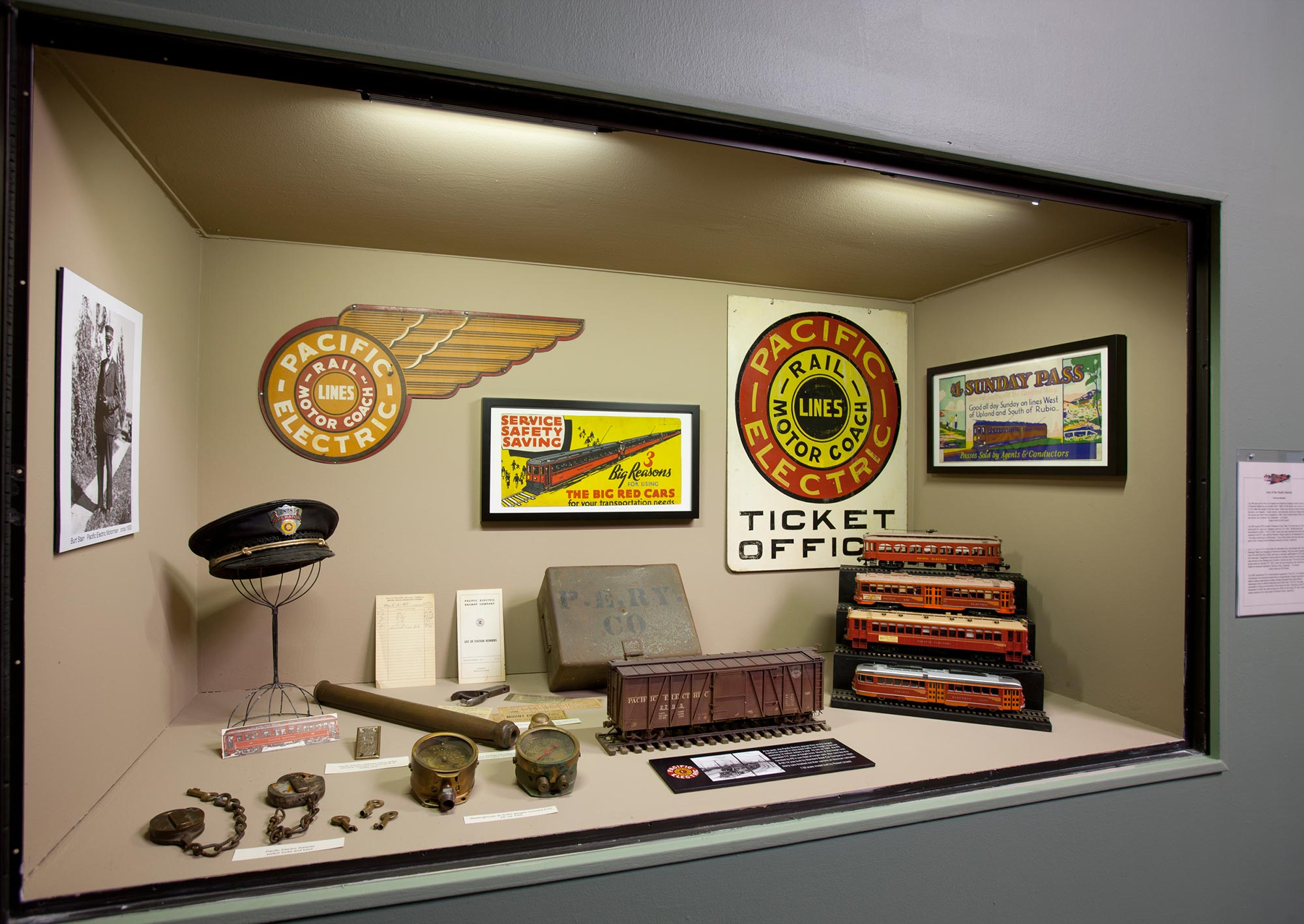 Pacific Electric: Then and Now at the Pasadena Museum of History Through January 13, 2013
