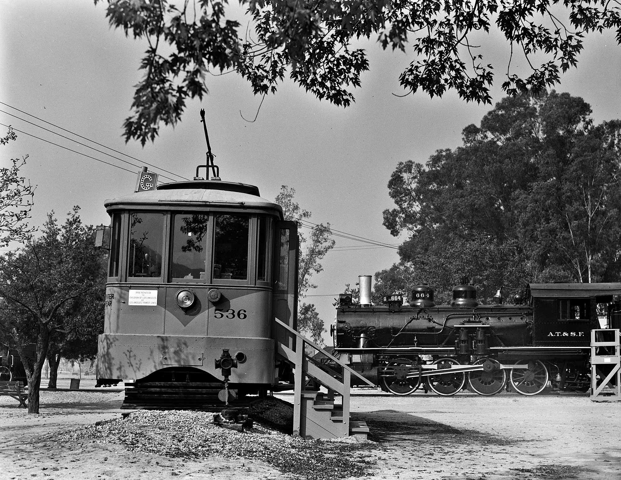 Donald Duke Photo, Pacific Electric Railway Historical Society Collection