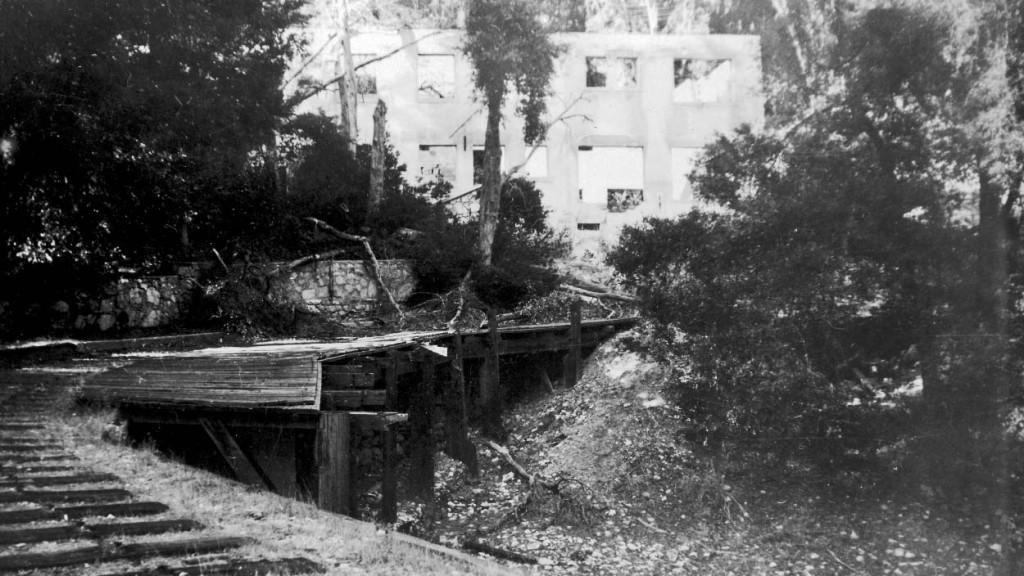 Remnants of the Alpine Tavern Bridge, photographed by Alan Weeks on December 26, 1947.