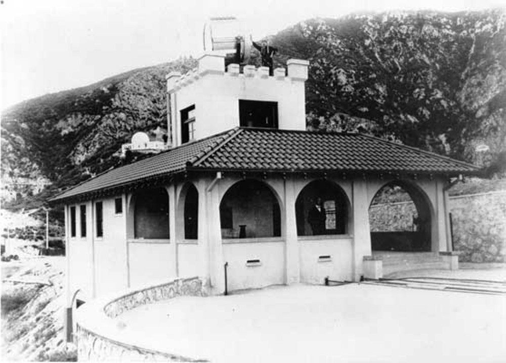Historic image of the Echo Mountain Power House. Alan Weeks Collection.