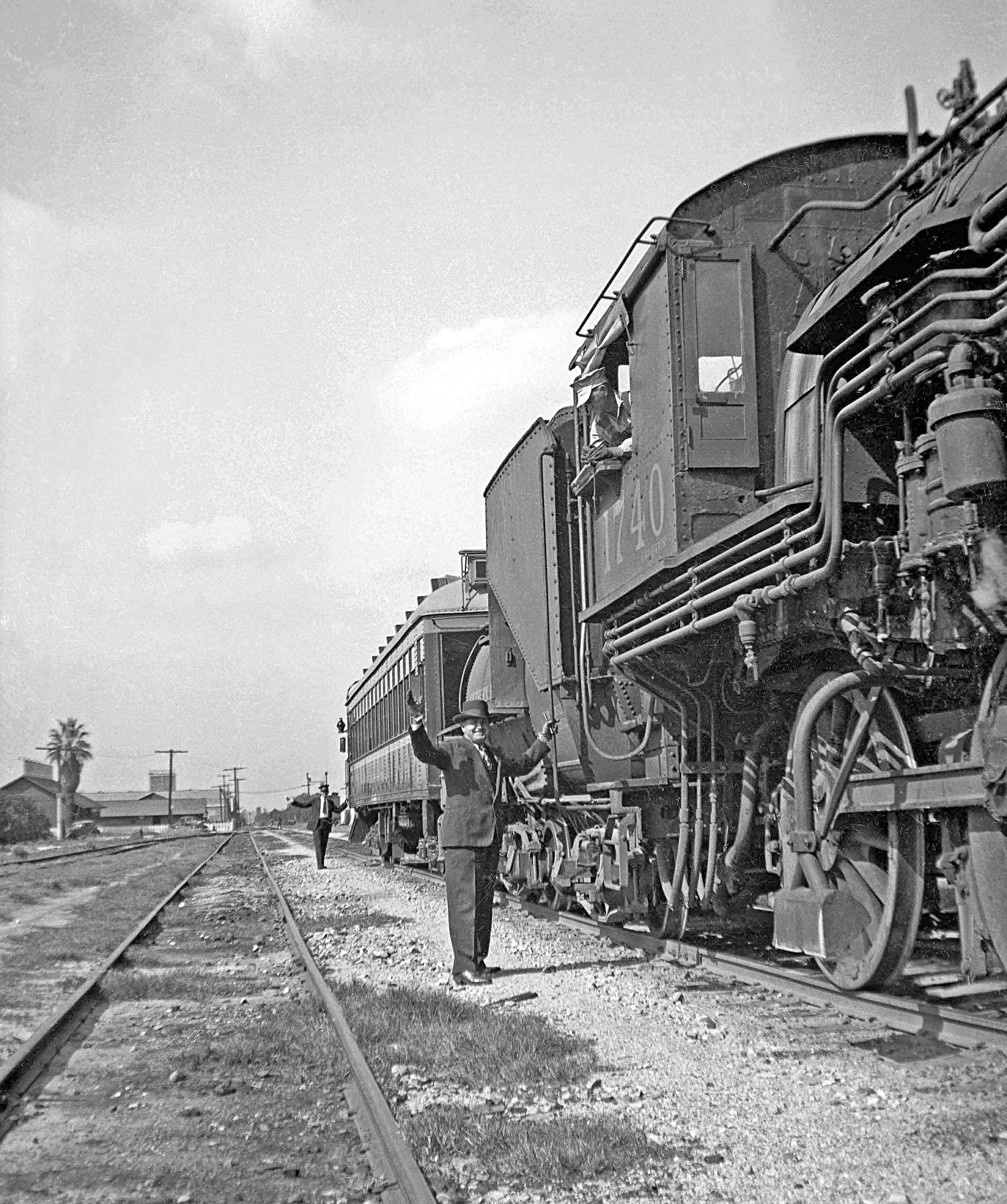 Southern Pacific 1740 Preparing to Depart SP Covina Depot