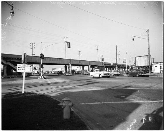 pe-vsl-viaduct-over-la-cienega-1953