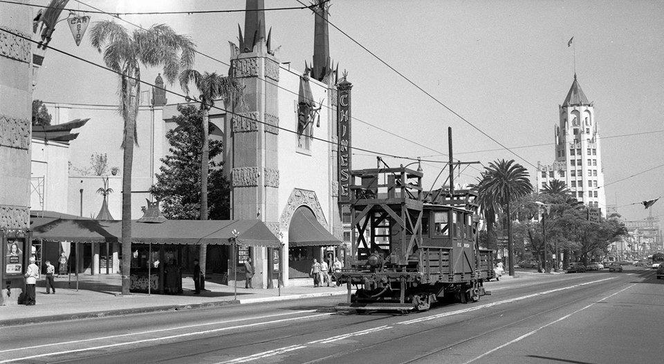 pe-0015o-on-hollywood-bl.-1949