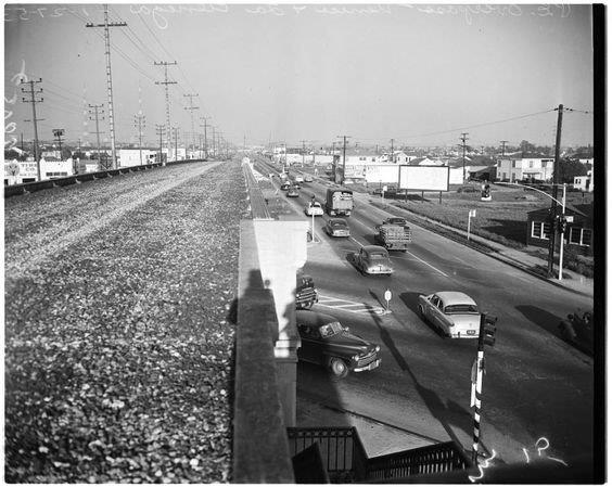 pe-abandonded-vsl-over-pass-venice-at-la-cienega-1953