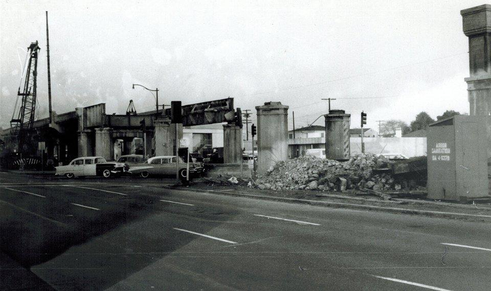 pe-la-cienega-venice-bl.-bridge-demolition