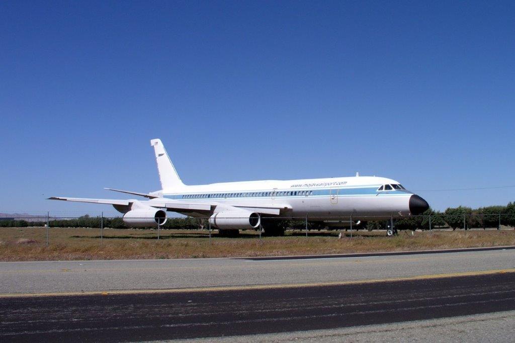 convair-990-jet