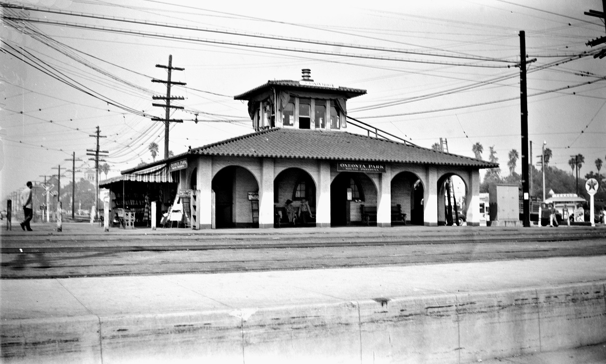 Pacific Electric Oneonta Station and Tower, Fair Oaks and Huntington Drive, September 16, 1951