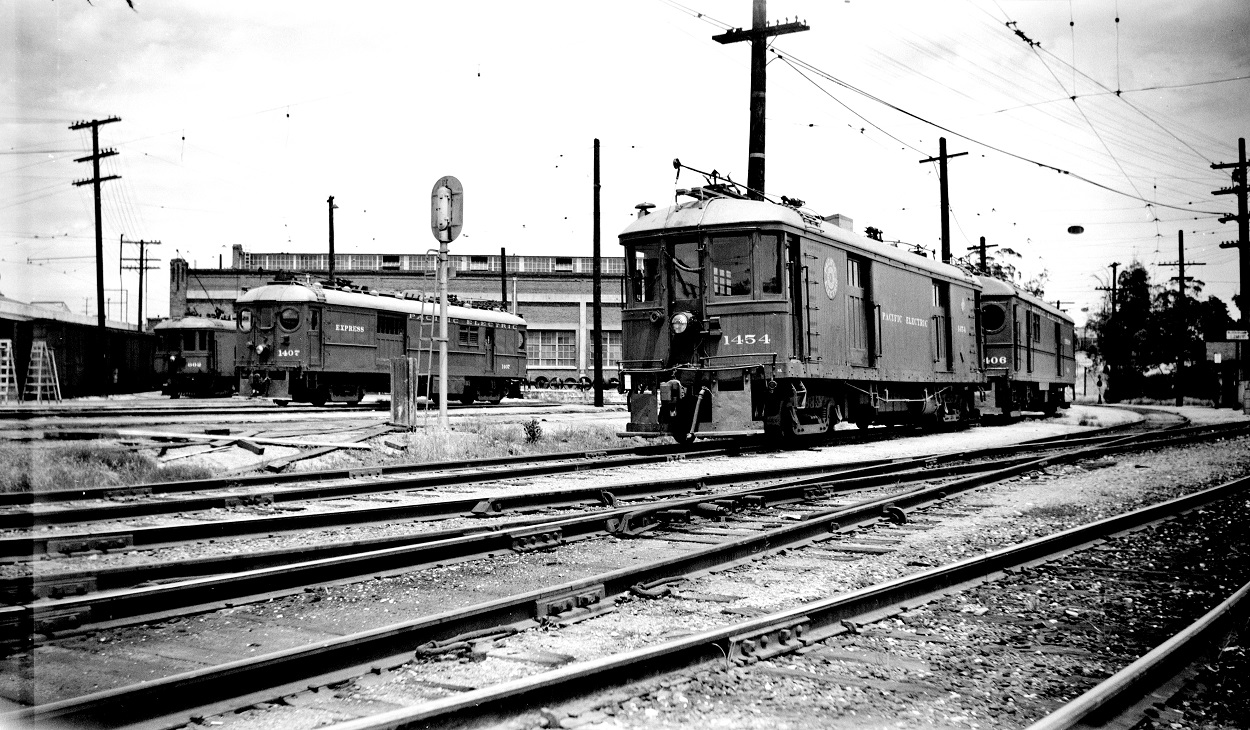Pacific Electric 1454 amnd 1407 at Macy Street Car House, May 16, 1951