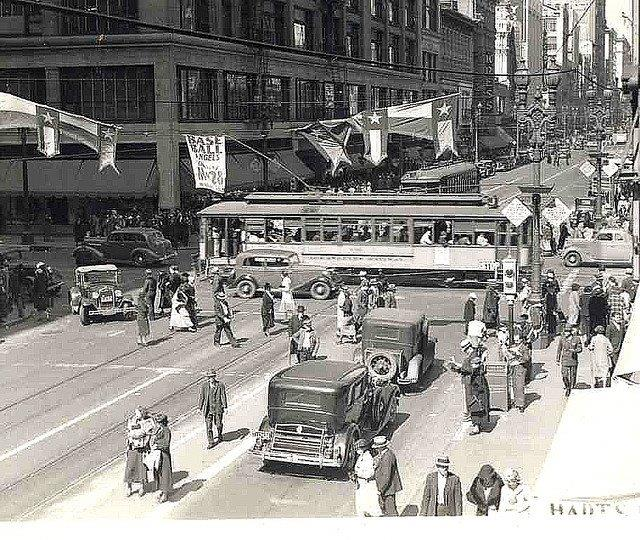 LARy J Line Car no. 645 at 7th and Broadway
