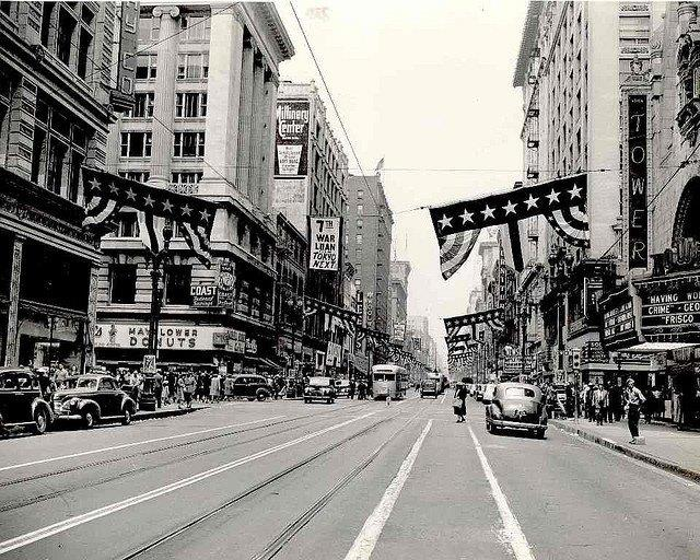 lary-pcc-at-on-broadway-at-8th-1942
