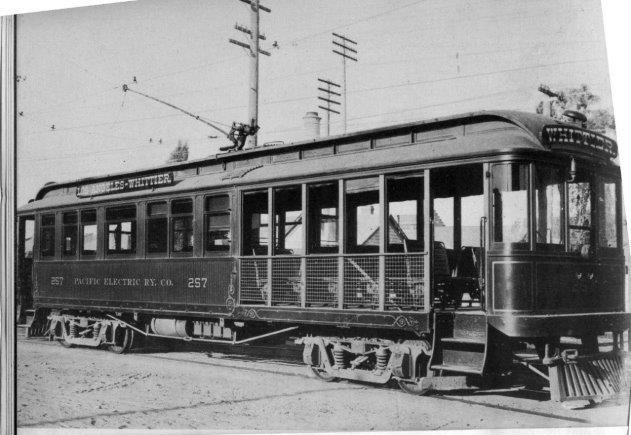 PE #257 poses for the camera in 1903, short after delivery from the St. Louis Car Co. In 1907 she was renumbered to #913.