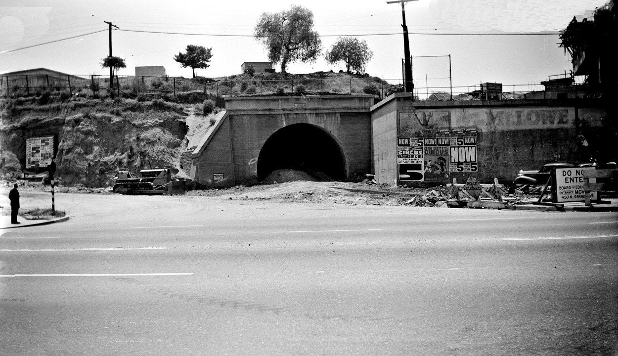 Alan K. Weeks photo. All Rights Reserved. Domino6145@aol.com Photographer: Alan K Weeks Location: Hill Street Tunnel at the Sunset side. Los Angeles, California Date: May 1951 Railroad: Pacific Electric Car#: none Line: Hollywood Blvd Line Filed in Envelope 24 Image Notes: Scanned Steve Crise Photo 2014