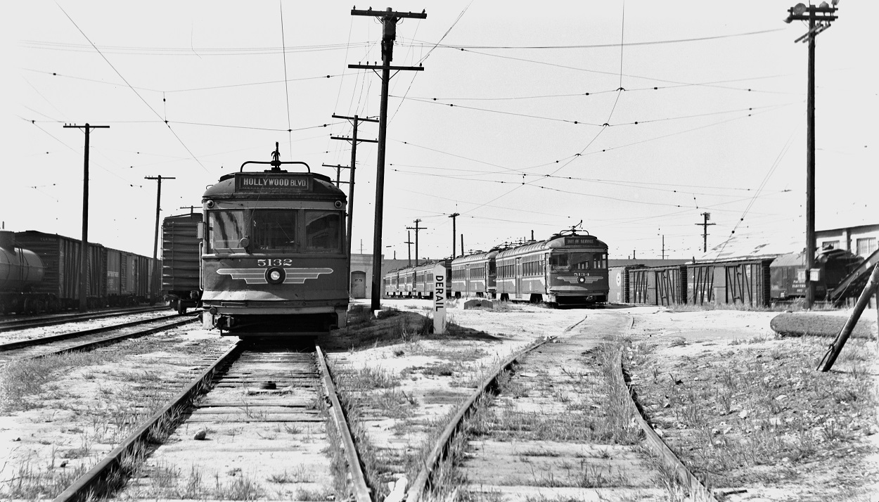 Alan K. Weeks photo. All Rights Reserved. Domino6145@aol.com Photographer: Alan K Weeks Location: 8th Street Yard, 8th and Alameda Streets, Los Angeles, California Date: March 26 1955 Railroad: Pacific Electric Car#: PE 5132 PE 5134 Line: 8th Street Yard Filed in Envelope 25 Image Notes: Scanned Steve Crise Photo 2014