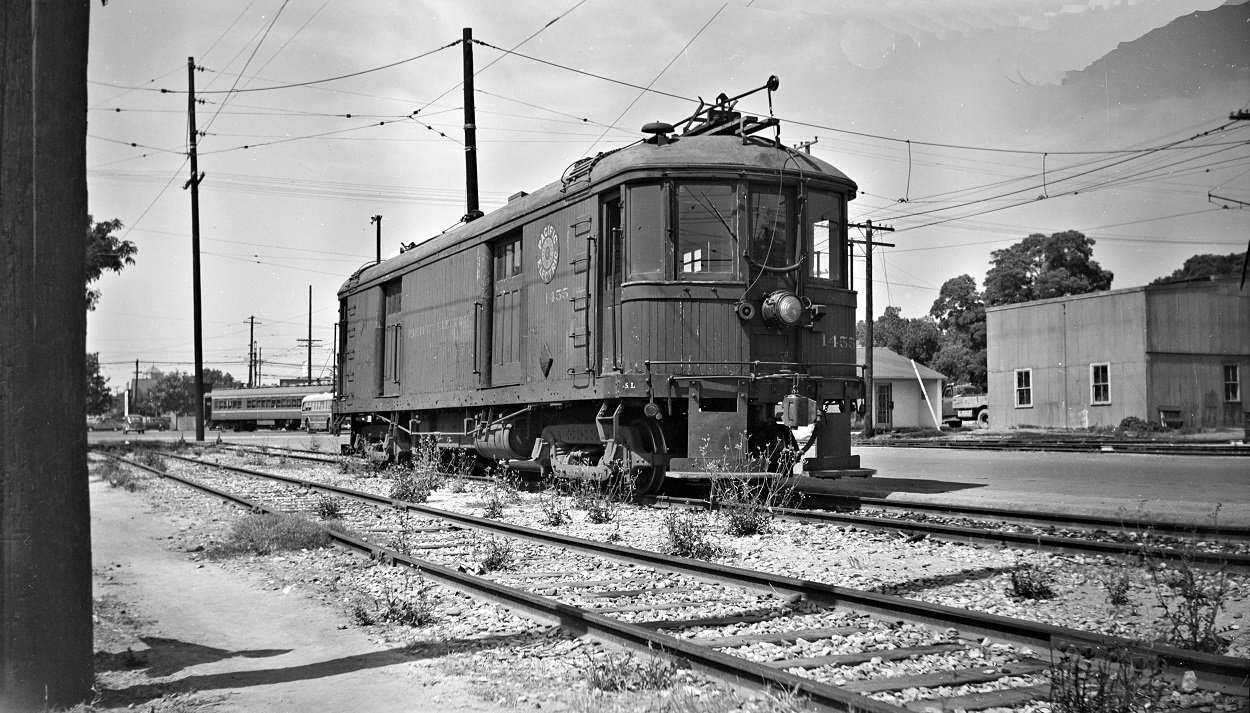 Alan K. Weeks photo. All Rights Reserved. Domino6145@aol.com Photographer: Alan K Weeks Location: Santa Ana, California Date: July 1 1950 Railroad: Pacific Electric Car#: PE 1455 Line: Santa Ana Line Filed in Envelope 25 Image Notes: Santa Ana Station Scanned Steve Crise Photo 2014