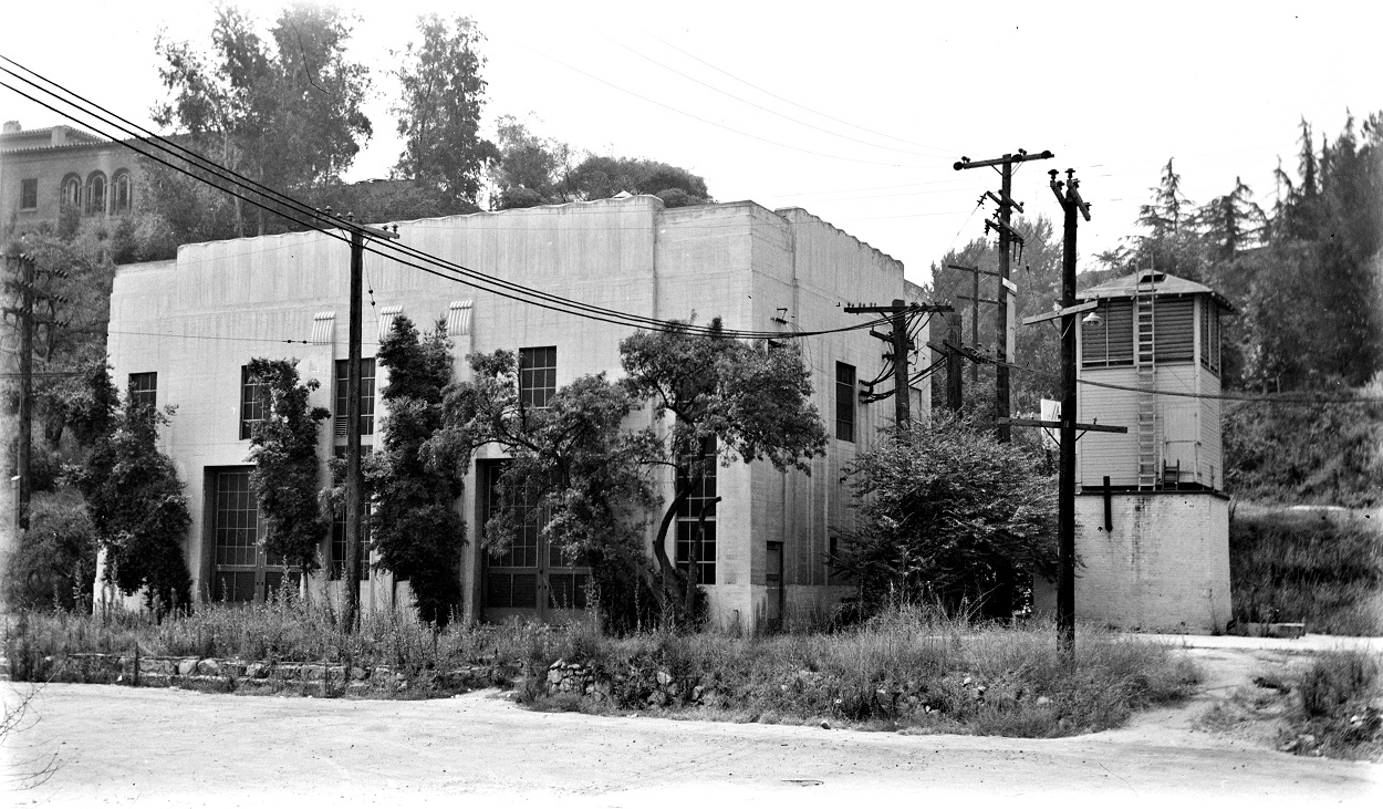Alan K. Weeks photo. All Rights Reserved. Domino6145@aol.com Photographer: Alan K Weeks Location: Glendale - Burbank Line. Near Glendale Blvd and Riverside Drive, Los Angeles, California. Date: May 1955 Railroad: Pacific Electric Car#: PE Sub Station Ivanhoe # 28 Line: Glendale Burbank Line Filed in Envelope 26 Image Notes: Ivanhoe Sub Station Scanned Steve Crise Photo 2014
